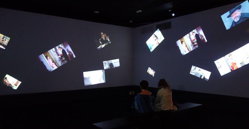 peinture ecran de projection peinture peinture pour ecran chez soi pour profiter dune. Black Bedroom Furniture Sets. Home Design Ideas