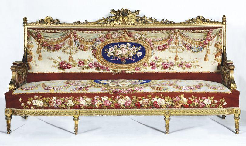 de Pierre Chabal,Dussurgey (Charlieu, 1819 \u2013 Nice, 1902), Michel,Victor  Cruchet, sculpteur (Paris, 1815,1899). Canapé de style Louis XVI, livré en  1855.
